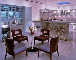 Сиреневая Дымка в интерьере кухни